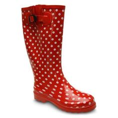 Discover our premium range of womens wellies online, buy the Hunter Original Tall Wellies here! Rainy Day Fashion, Hunter Original, Rubber Rain Boots, Ladies Boots, Girly, Rainy Days, Lady, Stuff To Buy, Shoes