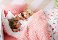 Quarto e roupa de cama