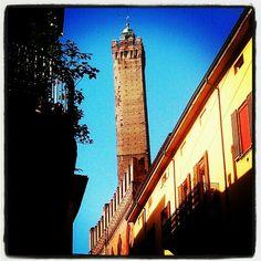 The Asinelli Tower - Instagram by @AsgeirPedersen