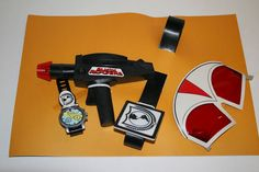 Remco 1979 official utility belt using recycled Star Trek Phaser toy mold. Remco was a veteran at half-assed licensed toys.