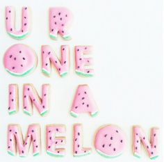 Creative Design: People say not to play with your food, but these food typography artists are breaking the rules in the most astonishing way. Good Quotes, Motivacional Quotes, Cute Quotes, Funny Quotes, Inspirational Quotes, Selfie Quotes, Beach Quotes, Genius Quotes, Sweet Quotes