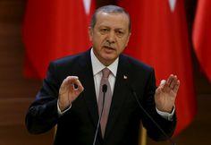 Эрдоган: Во взаимных расчетах Турция и Индия могут отказаться от доллара http://actualnews.org/ekonomika/167299-erdogan-vo-vzaimnyh-raschetah-turciya-i-indiya-mogut-otkazatsya-ot-dollara.html  Турция и Индия намереваются отказаться от использования доллара при взаимных расчетах и перейти на нацвалюты. Соответствующее заявление сделал Тайип Эрдоган во время участия в бизнес-форуме на просторах Нью-Дели.