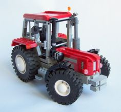 Love the hood detailing on this Lego Schlüter 1500 TVL Tractor Lego Technic Truck, Lego Truck, Lego Games, Lego Toys, Lego Universe, Lego City Sets, All Lego, Lego Group, Lego Worlds