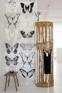 Onszelf Wallpaper OZ 3142 www. Wabi Sabi, Motif Vintage, Butterfly Wallpaper, Home Wallpaper, Latest Wallpaper, Creative Walls, Inspiration Wall, Wall Treatments, Textured Walls