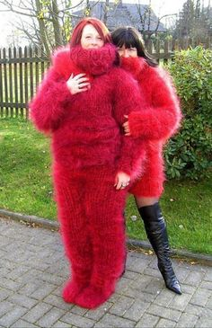 Fluffy Sweater, Mohair Sweater, Wool Sweaters, Wool Coat, Fur Coat, Gros Pull Mohair, Mo Hair, Extreme Knitting, Catsuit
