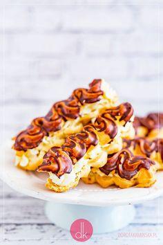 Eklery z kremem - zakręcone domowe eklerki przepis   Dorota Kamińska Hot Dogs, Ethnic Recipes, Food, Essen, Meals, Yemek, Eten