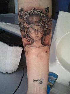 Done by Armando Mena at Golden Goose, El Paso Texas - Piece by Audrey Kawasaki.
