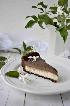 Crostata senza cottura al cocco e cioccolato Nutella Crepes, Cheesecakes, Ricotta, Chocolate Cake, Tiramisu, Buffet, Food And Drink, Healthy Recipes, Healthy Food