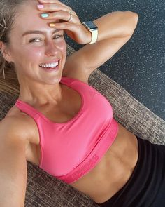 Steph Claire Smith, Stephanie Miller, Pink Tops, Keep It Cleaner, Chill, Bra, Instagram, Fashion, Moda