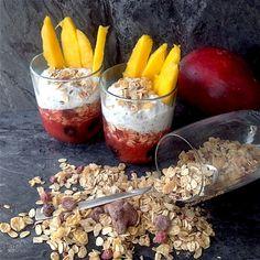 My Casual Brunch: Overnight oat batido de morango e pudim de chia