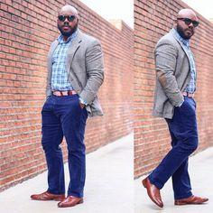 Large men fashion - Big men fashion - Business casual for big men - Tall men fashion - Chubby m Chubby Men Fashion, Large Men Fashion, Mens Fashion Week, Mens Fashion Suits, Men's Fashion, Business Casual For Big Men, Men Casual, T Shirt Designs, Business Fashion