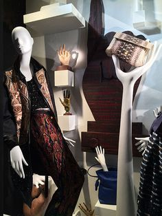 "Bergdorf Goodman, New York, ""The Five Senses: TOUCH"", close-up,photo by Mizhattan, pinned by Ton van der Veer"