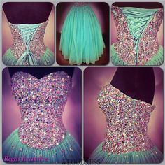I like the colours on this prom dress