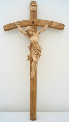hand-carved Oberammergau wood crucifix  (germany) Catholic Crucifix, Crucifixion Of Jesus, Les Religions, Wood Burning Art, Jesus On The Cross, Wall Crosses, Cross Designs, Sacred Art, Wood Carvings