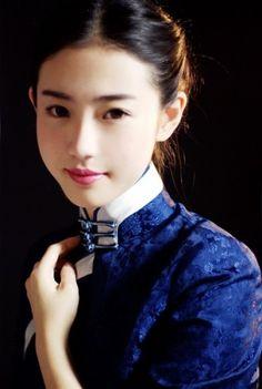 Chinese model Zhang Xin Yuan 张辛苑
