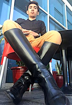 Horse Riding Boots, Tall Riding Boots, Mens High Boots, Men's Equestrian, Cool Boots, Man Boots, Mens Leather Pants, Tights Outfit, Skin Tight