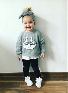 oh so cute bunny sweat shirt! Toddler Girl Style, Toddler Girl Outfits, Baby Girl Dresses, Toddler Girls, Cute Kids Fashion, Little Girl Fashion, Toddler Fashion, Kids Dress Wear, Outfits Niños
