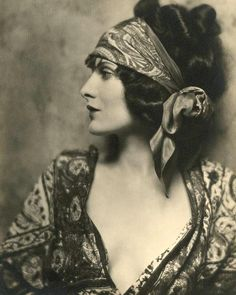 Actress Evelyn Brent (1901-1975), 1920's.
