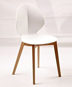 Calligaris gossip chair upholstery nice and chairs for Calligaris basil w