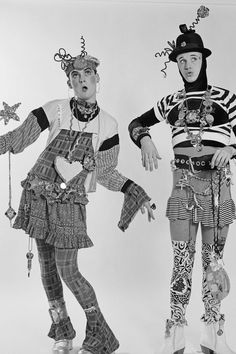 Fashion designers Stevie Stewart and David Holah of Bodymap, New York City, 80s Fashion Men, Fashion Face, Uk Fashion, Fashion History, Fashion Prints, Celebrities Fashion, Leigh Bowery, San Junipero, Body Map