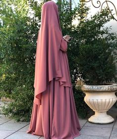 Abaya Designs, Hijabi Girl, Girl Hijab, Moda Hijab, Abaya Mode, Hijab Stile, Hijab Style Dress, Niqab Fashion, Muslim Women Fashion