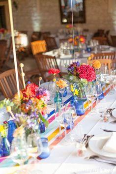Un mariage haut en couleurs - Pretty Wedding Wedding Themes, Wedding Colors, Wedding Decorations, Ruby Wedding, Floral Wedding, Fiesta Decorations, Table Decorations, Welcome Table, Rainbow Wedding