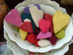Needle felted hearts -love that folk art craft