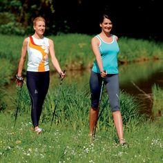 Gesund und fit bleiben mit Nordic Walking. In #Willingen warten vier Strecken mit insgesamt 38 Kilometern Länge auf Sportbegeisterte. | Foto: willingen.de