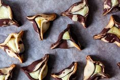 marbled cheesecake hamantaschen – smitten kitchen Double Coconut, Coconut Muffins, Aloo Gobi, Chocolate Souffle, Salad With Sweet Potato, Cookie Time, Smitten Kitchen, Jewish Recipes, Cream Cheese Filling