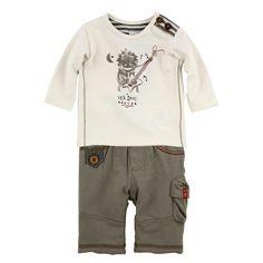 Tee-shirt à manches longues, en jersey stretch ivoire. Col rond avec boutons sur l'épaule. Pantalon en molleton kaki. Intérieur en micro-polaire. Taille élastiquée.