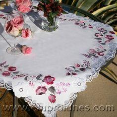 Ladonna Tablecloth
