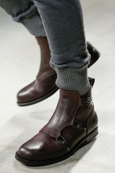 wholesale dealer d0cf5 95c03 319 fantastiche immagini su stivali  Bootie boots, Shoe boot