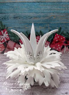 Одноклассники Giant Paper Flowers, Fondant Flowers, Christmas Hair, Christmas Holidays, Queens Tiaras, Snow Maiden, Snow Fairy, Baby Turban, Hair Ribbons