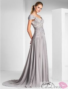 Beautiful, modest Prom dress<3 id choose a different color though
