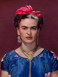 biografía Frida Kahlo en pretérito indefinido