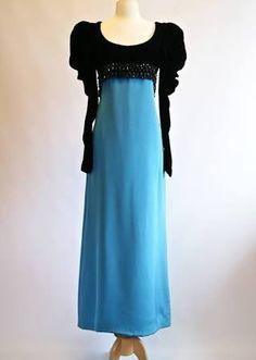 evening gowns from the 70's - Oscar de la Renta