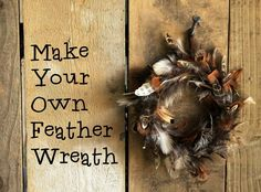 Fancy making your own pretty feather wreath? This tutorial shows you how easy it is to make a beautiful natural gift to celebrate autumn or Christmas. Feather Wreath, Feather Crafts, Feather Art, Feather Jewelry, Phesant Feathers, Diy Wreath, Wreath Fall, Wreath Ideas, Wreath Making