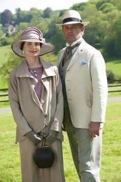 Robert and Cora Downton Abbey Season 6 [1925] costume designer Anna Mary Scott Robbins.