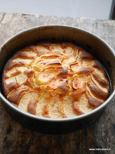 Un gâteau gourmand et facile à faire … Le gâteau aux pommes, c'est un peu le copain du gâteau au chocolat, celui que l'on fait à tour de bras pendant l'hiver ! Et comme il n'existe pas qu'une seule version de ce gâteau là, on peut se faire plaisir en variant les recettes et lesEn savoir plus