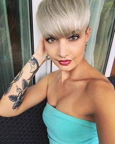 So endlich Feierabend und jetzt noch ein bisschen das schöne Wetter auf dem Balkon genießen ☀️ #spring #sun #sunny #monday #stuttgart #0711 #tattoo #tattoos #tattoogirl #hair #shorthair #haircut #hairstyle #pixie #pixiecut #beauty #beautiful #amazing #photo #photooftheday #selfie