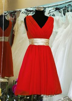 Red Bridesmaid Dress/ Short Bridesmaid Dress / Chiffon Homecoming Dress / Affordable Party Dress/ Bridesmaid dresses/