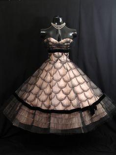 Full Of Loveliness Vintage 1950s Prom dress