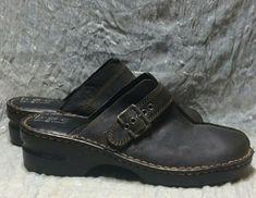 adc9b49bda13 BOC Born Concepts Sz 10 US 42 EUR Matte Black Leather Clogs Mules Slides  Buckle https