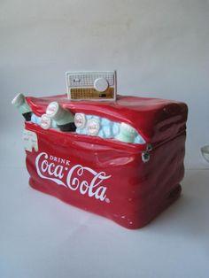coca cola cooler with radio on Collectors Quest --Have