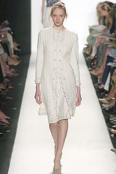 Oscar de la Renta Spring 2005 Ready-to-Wear Fashion Show - Maria Dvirnik