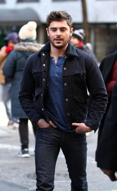 Zac Efron 2013 Pictures