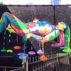 Sweet piece by @dasicfernandez for the #wellingcourtmuralproject #adhocart #streetart