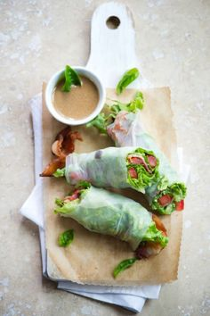 ETC INSPIRATION BLOG ART DESIGN HOME FOOD QUOTES RECIPE Bacon Lettuce Tomato BLT Spring Roll