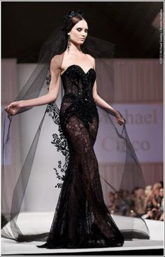 Michael Cinco Couture Fashion and Designer Style Black Wedding Dresses, Elegant Dresses, Pretty Dresses, Couture Mode, Couture Fashion, Beautiful Gowns, Beautiful Outfits, Michael Cinco Couture, La Fashion Week