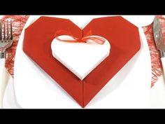 Pliage de serviettes de mariage sur pinterest serviettes de mariage ronds - Pliage serviette en coeur ...